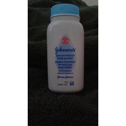 Johnson's Baby Powder Pure Cornstarch with Aloe & Vitamin E