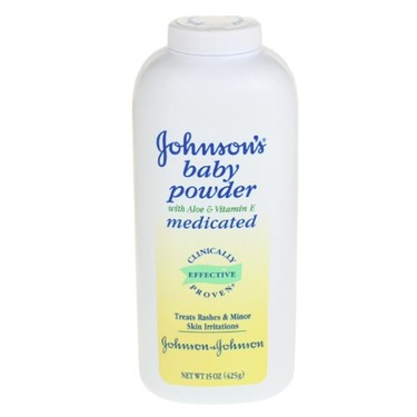 Johnson's Baby Powder, Medicated with Aloe & Vitamin E, 15-Ounce Bottles (Pack of 6)