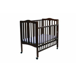 Dream On Me Folding 2-in-1 Portable Crib - Cherry
