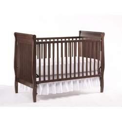 Graco Ashleigh Classic Crib, Walnut