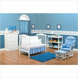 Delta Children's Products Tyson Convertible Crib in Classic White