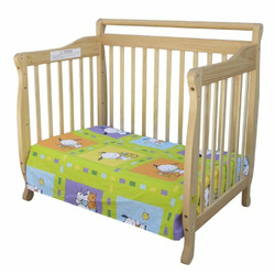 Dream On Me 3 In 1 Portable Convertible Crib Natural