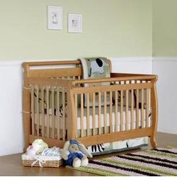 Emily Baby Crib Set in Oak