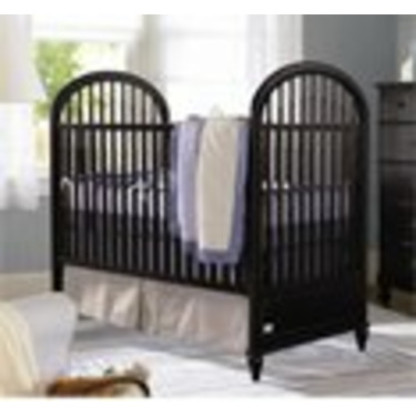 Hampton Pointe Crib With Drawer