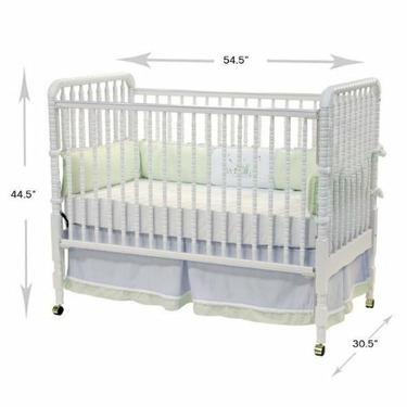 DaVinci Jenny Lind Crib