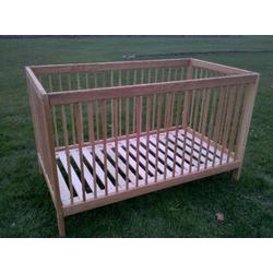 Eco Affordable Oak Crib