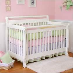 Nursery Smart 626-001-0102W Amelia 4-in-1 Convertible Crib in White