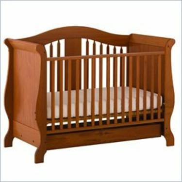 Stork Craft Aspen Stages Standard Wood Crib in Oak