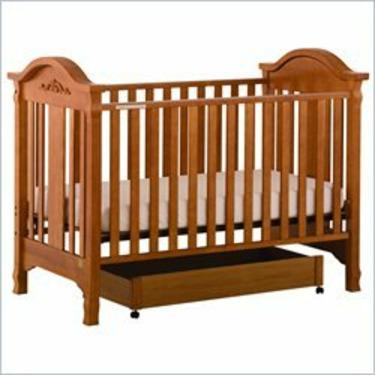 Stork Craft Angelina 3-in-1 Convertible Wood Crib in Oak