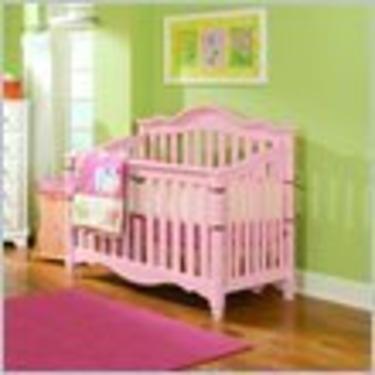 Lea Spring Garden Baby Convertible Wood Crib in Pink