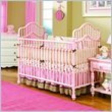 Lea Spring Garden Standard Metal Baby Crib in Pink