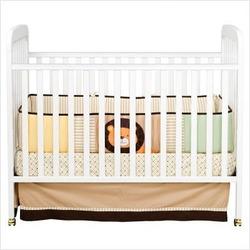 DaVinci Alpha Stationary Convertible Crib - White