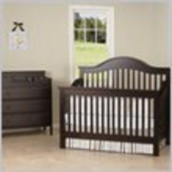 DaVinci Jayden 4-in-1 Convertible Wood Baby Crib Nursey Set in Epresso