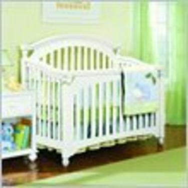 Lea My Style Baby Convertible Wood Crib in White