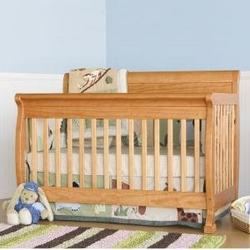 Kalani Baby Crib Set in Oak
