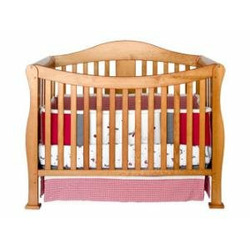 Parker Baby Crib Set in Oak