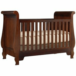 Young America GenAmerica Convertible Wood Crib in Cherry