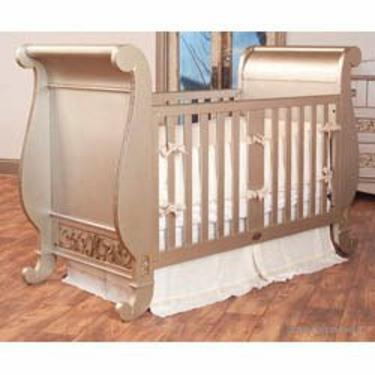 Chelsea Sleigh Crib in Espesso