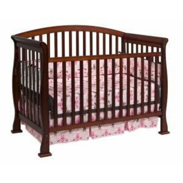 Thompson Baby Crib Set in Cherry