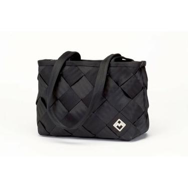 Maggie Bags Recycled Seatbelt Medium Tote-Bag (Black)