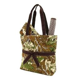 "3pc Quilted Camouflage Diaper Tote Bag w/ Matching Wipes/Cosmetic Bag and Changing Pad - Monogrammable (12"" x 9"" x 5"")"