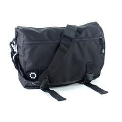 DadGear Messenger Diaper Bag - Black