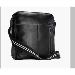Storksak Unisex Diaper Bag - Jamie (Black)