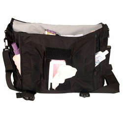 Pink DaisyGear Pink Retro Messenger Bag