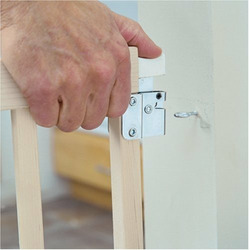 North States Extra-Wide Swing Wood Gate - Hardware Mount