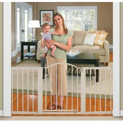 Summer Infant Sure and Secure 6 Foot Metal Expansion Gate