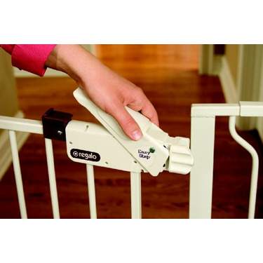Regalo Extra Wide Widespan Gate, White
