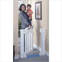 LA Baby Stop And Go Self Closing Safety Gate, White