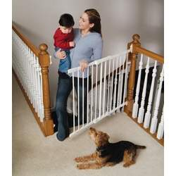 Angle Mount Safeway Baby Gate by KidCo Colors: White