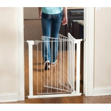 Auto Close Center Gateway by KidCo