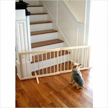 Step Over Pet Gate Finish: Medium Oak