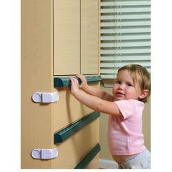 Dream Baby Angle Locks 4 Pack