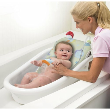 Safety 1st Warm Me Shower and Bath Tub in White