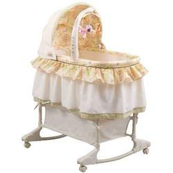 Disney Baby Winnie the Pooh Bassinet
