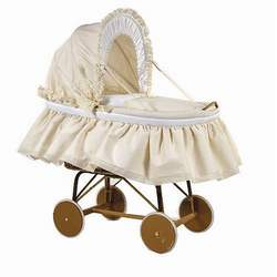 Picci Cortina Bassinet in Cream and White with Hand Embroidered Flowers