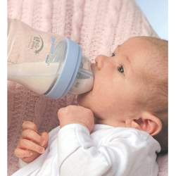The First Years Breastflow Starter Kit