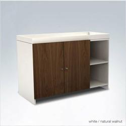 ducduc AJ II Low changer- AJ II Low Changer with Doors