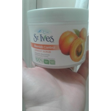 St. Ives Apricot Scrub Acne Control
