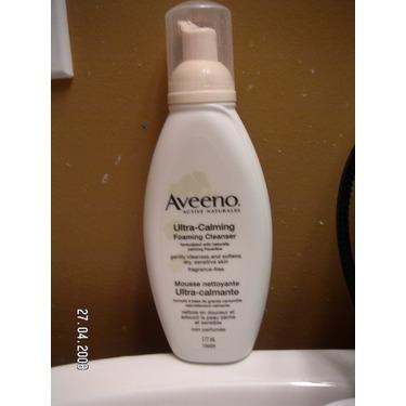 Aveeno Ultra-Calming Foaming Cleanser
