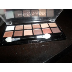 l.a. colors 12 eyeshadow palette in 10033 traditional