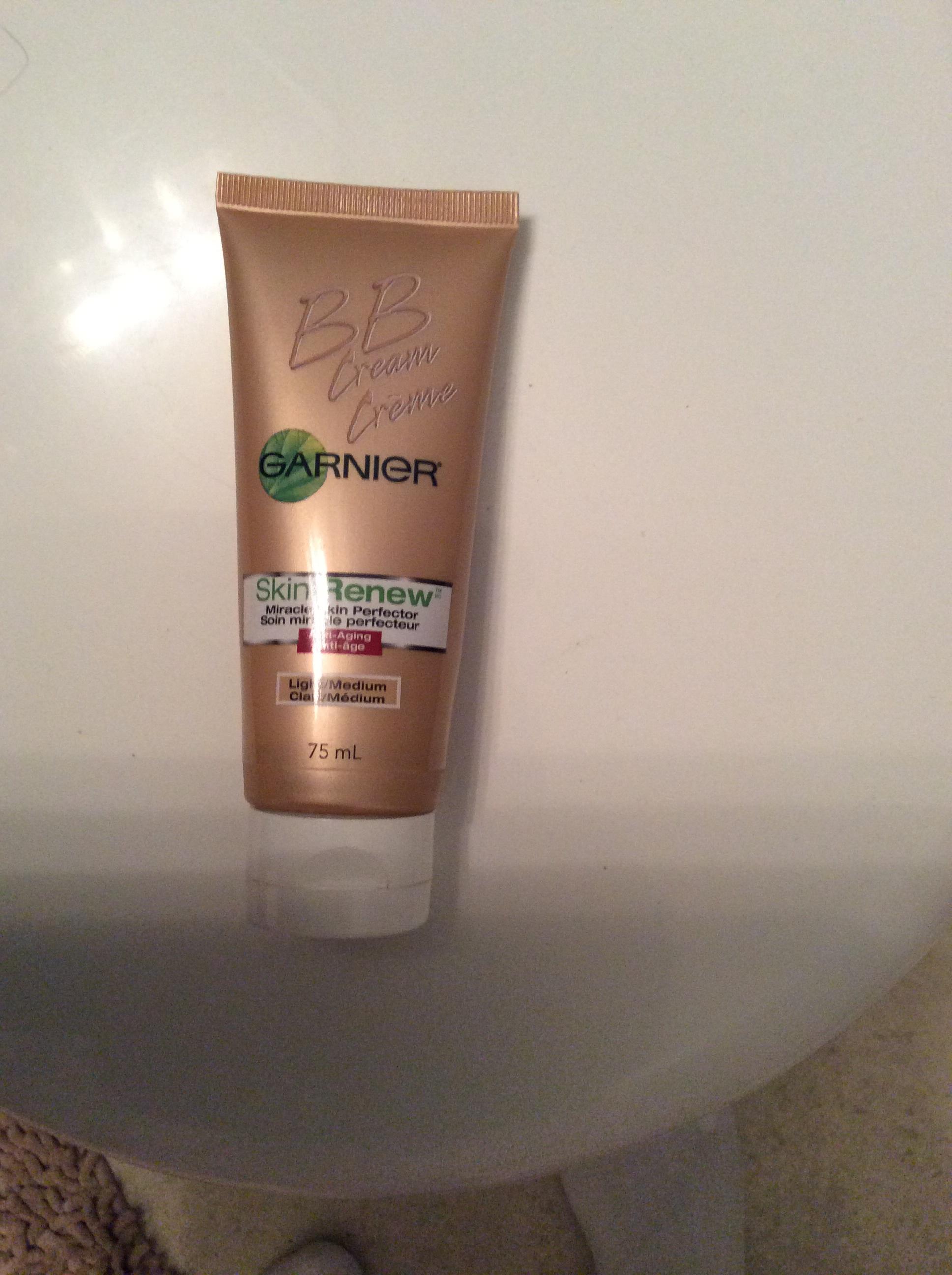 Garnier Skin Renew Miracle Skin Perfector BB Cream reviews ...