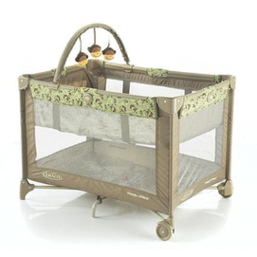 Graco Pack 'N' Play Bassinet and Play Yard
