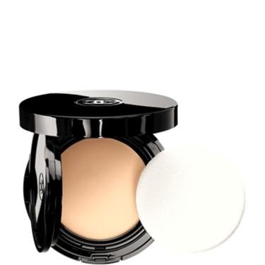 Chanel Teint Innocence Naturally Luminous Compact Makeup