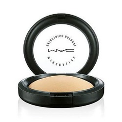 MAC Cosmetics Mineralize Skinfinish Natural