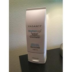 Vasanti BrightenUp Enzymatic Face Rejuvenator