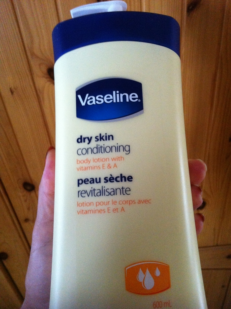 Vaseline Dry Skin Conditioning Body Lotion reviews in Body